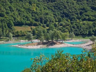 1329485117_D-0409-lago-di-tenno